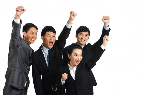 Thành lập trung tâm đào tạo nghiệp vụ chuyên ngành ngắn hạn